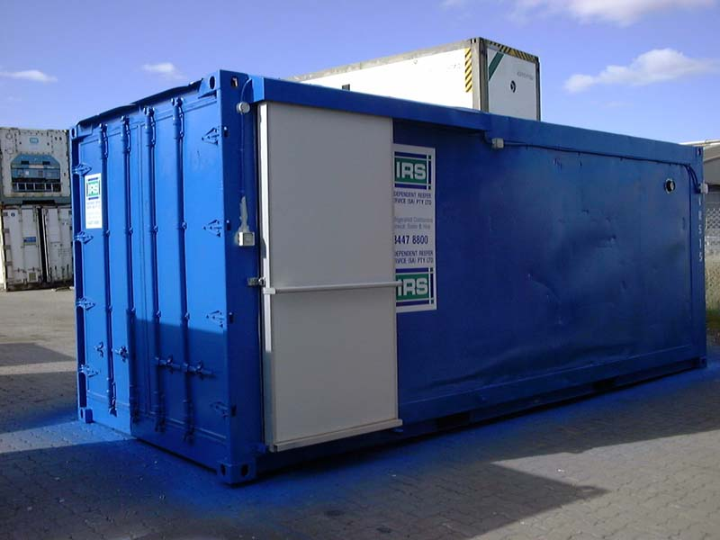 20' Refrigerated container with sliding door USED