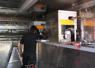 Install and maintenance of ice machines