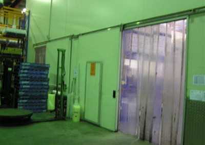 Storage facility with coolrooms built in to allow for both dry storage and refrigerated storage