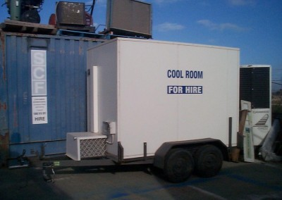 Mobile coolroom with swivel wheel for easy manouverability