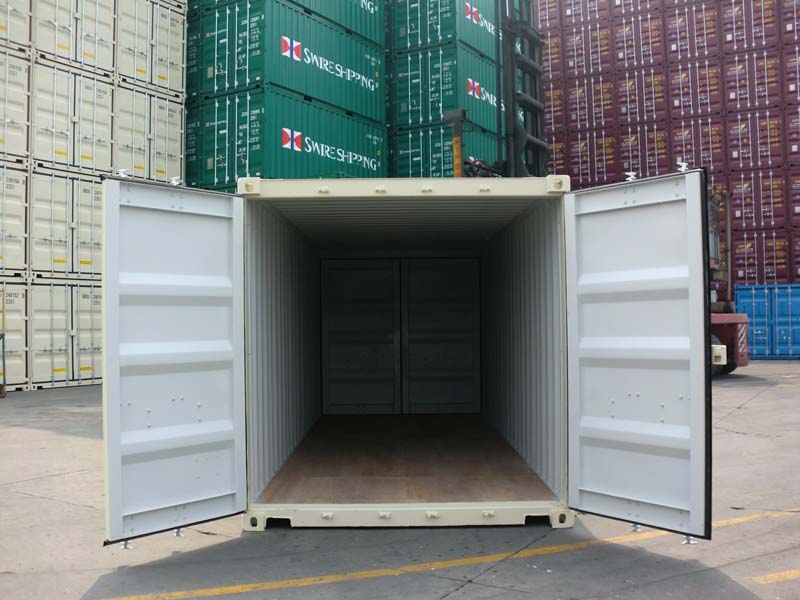 20 general container with double doors