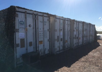 Shipping containers refrigerated hired to be used outside with an insulation blanket